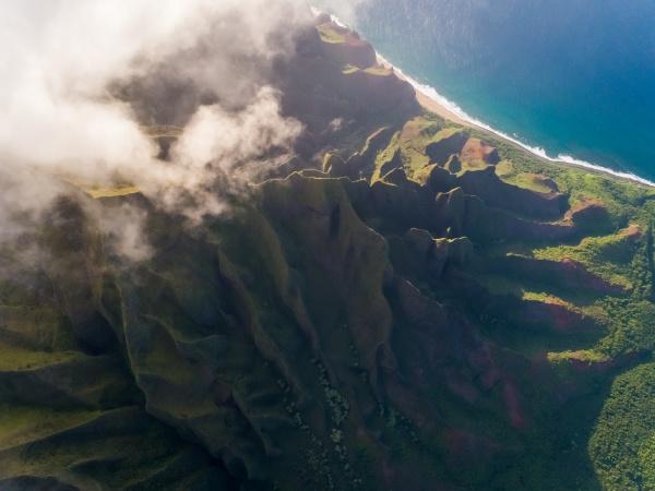 veduta aerea dellalta formazione montuosa vicino