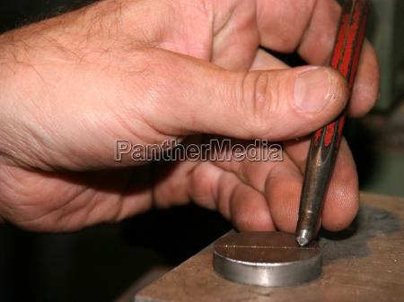 lavoro in metallo