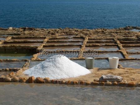 blu sale pietra sasso caucasico bianco