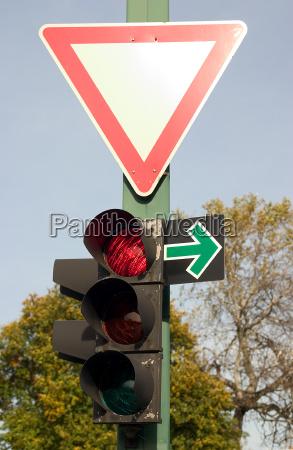 segnale traffico cartello stradale semaforo stop
