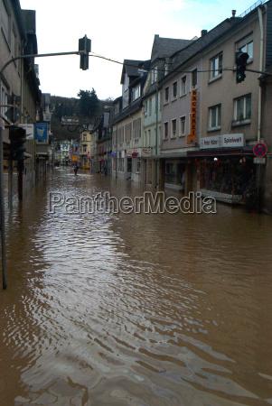 case inondazione disastro residenti pericoloso acqua