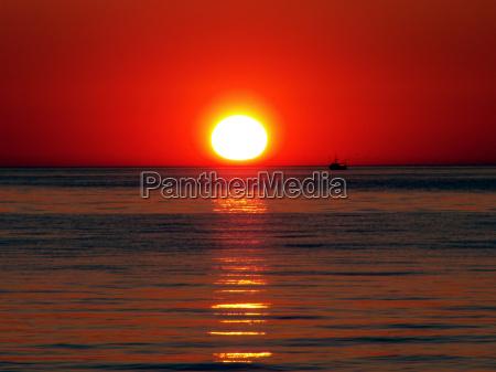 orizzonte alba onde romantico acqua mar