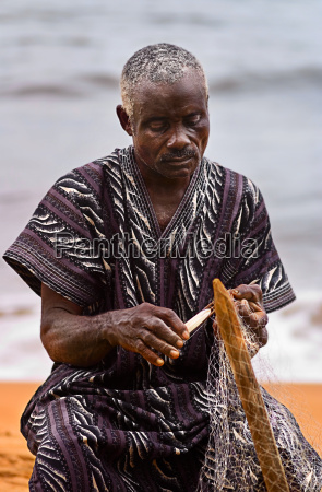 mano mani africa rete pescatore africano