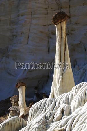 torre pietra sasso cappello scultura stati
