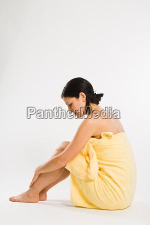 donna relax quiete silenzio tranquillita laterale