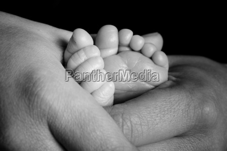 feet a baby