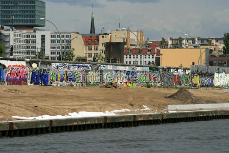 storia muro berlino separati germania gdr
