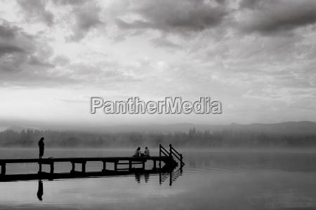 nebbia nero caucasico bianco ponte immagine