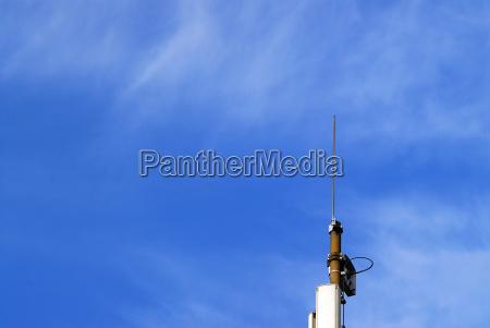 antenna radio inviare trasmettere cellulare cielo
