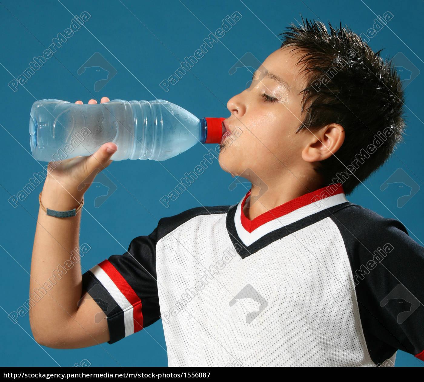 trenta, ragazzo, bere, acqua - 1556087