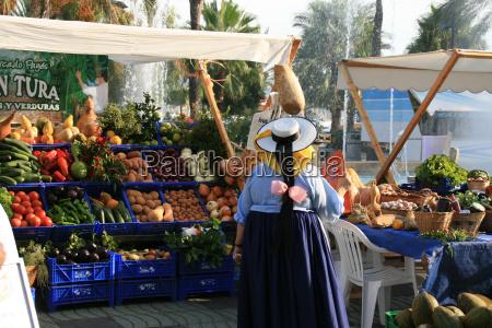 separe separe verdura vendita costume bancarella