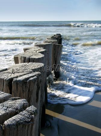 frangiflutti spiaggia del mare del nord