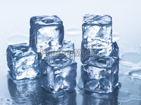 ghiaccio congelato fresco cubetti di ghiaccio