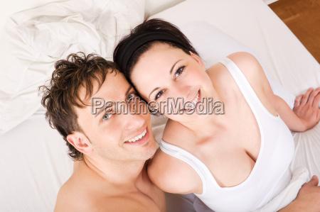 nudo letto prospettiva biancheria intima amare