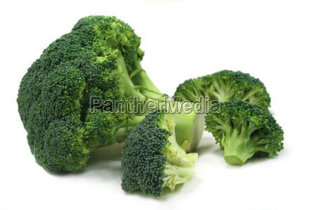 un mazzo di broccoli