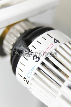 riscaldamento calore temperatura regolare regolazione termostato
