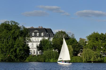 estate vela marinaio barca a vela