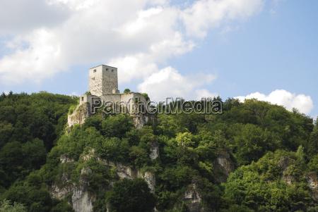 torre fortezza stile di costruzione architettura