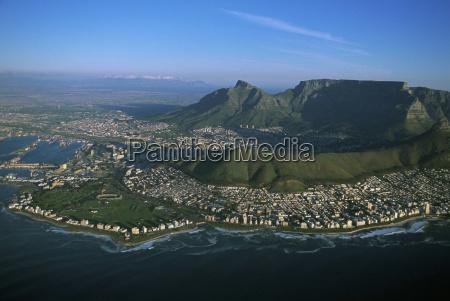 citta montagne orizzonte turismo riva del