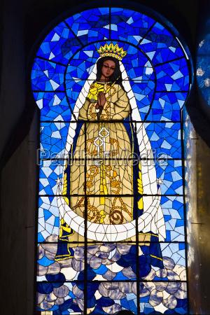 vergine maria pittura su un vetro