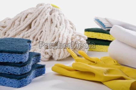 primo piano di lavaggio attrezzature