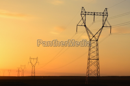 torre deserto tramonto potenza elettricita energia
