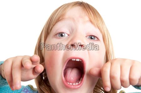 gridare figlio urlare isolato