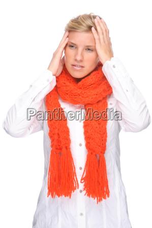 donna catarro raffreddore mal di testa