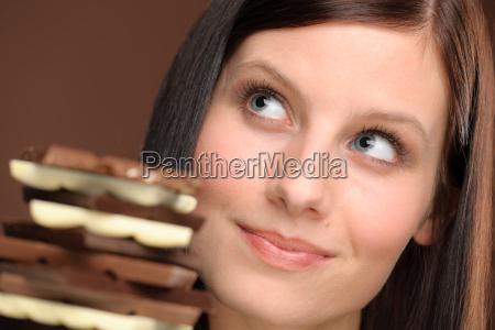 donna dolci ritratto possesso dolciumi gustoso