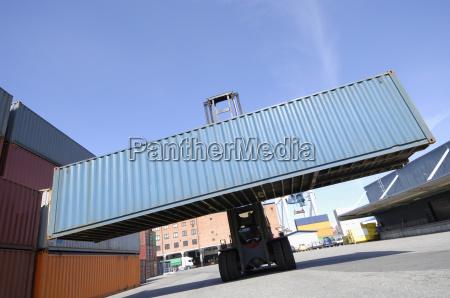 industria trasporto contenitore container spedizione camion