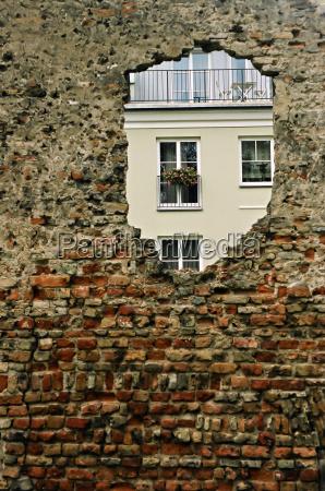 buco nel muro
