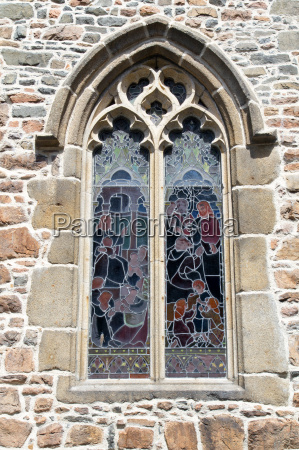 dettaglio chiesa rosone vetrificazione vecchio