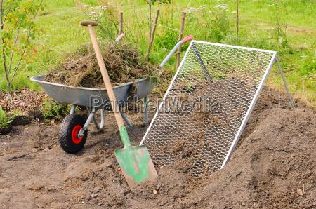 komposthaufen sette compost palo setaccio