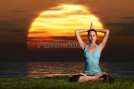 yogi sorgere del sole
