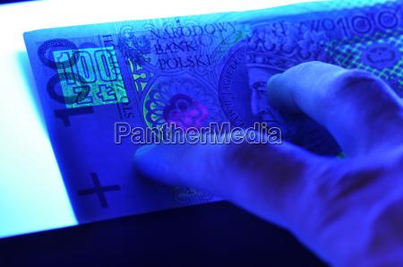 assegno zloty soldi