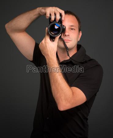 ritratto nero caucasico bianco macchina fotografica