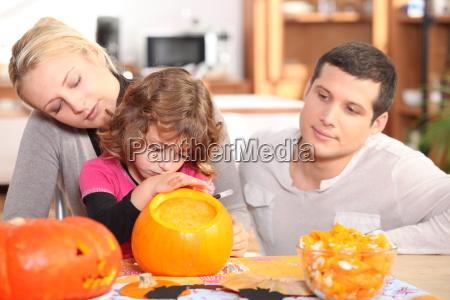 festa intaglio infanzia ammirando colorato cromatico