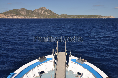 boat to the dragonera island