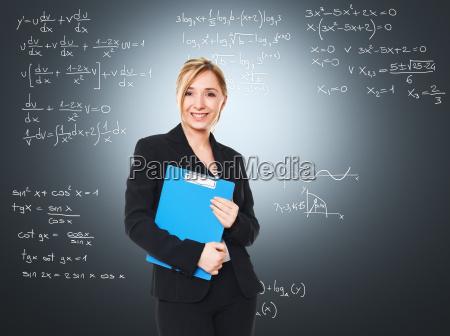 insegnante donna sorridente