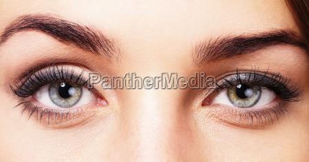 begli occhi di una donna