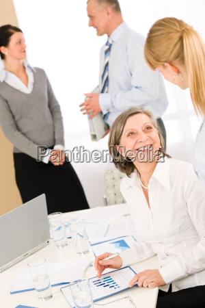 ufficio affare affari lavoro professione capo