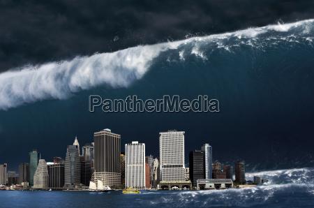 gigante onda disastro apocalisse apocalittico acqua
