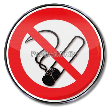 segnale di divieto di fumare