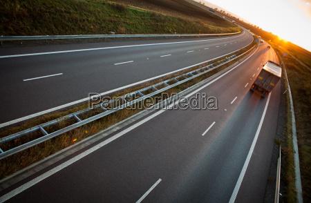 movimento in movimento auto veicolo mezzo