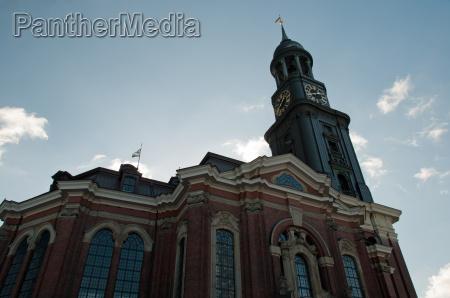 blu torre chiesa amburgo campanile segni