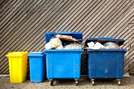 large, wheelie, bins - 6882043