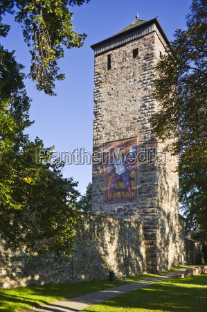 torre citta vecchia europa torri foresta