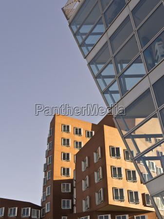 capitale di provincia stile di costruzione