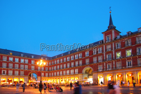 madrid plaza mayor tipica piazza in