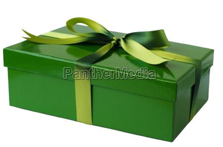 regalo confezionato in verde